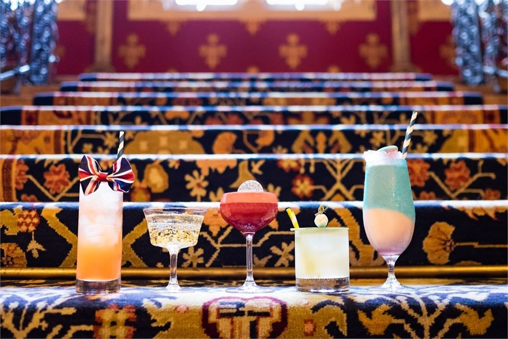 Recreate the Wannabe video with these Spice Girls cocktails
