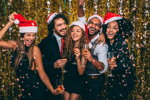 How to plan the office Christmas party