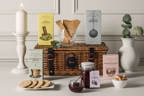 Best picnic hampers: The tastiest ready-made feasts to order online and from restaurants