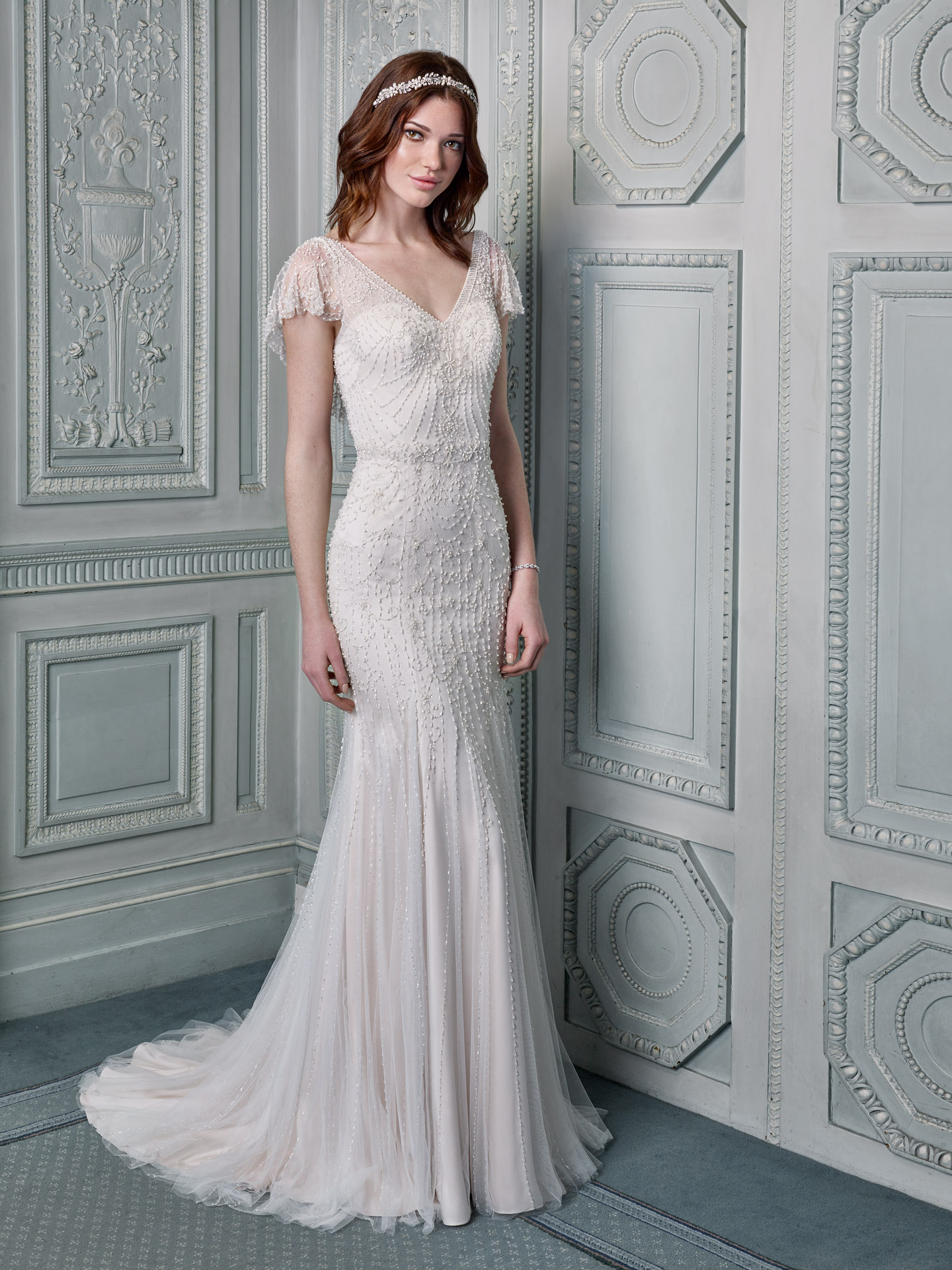 1920s Wedding Dresses 19 Gorgeous Gowns To Add Some Gatsby Glam To Your Bridal Style