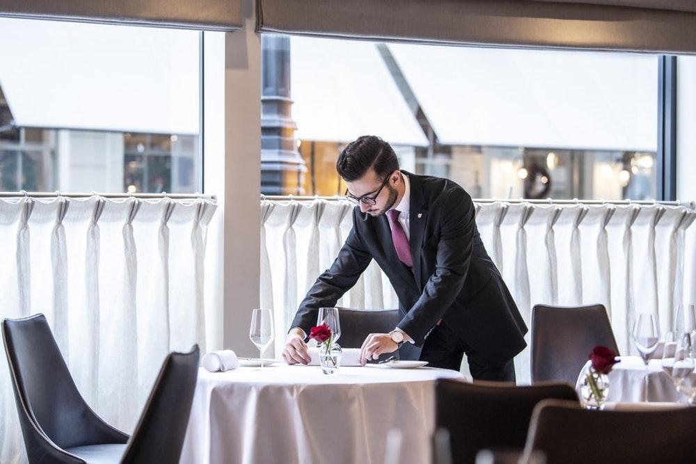 Michelin star London restaurants Petrus