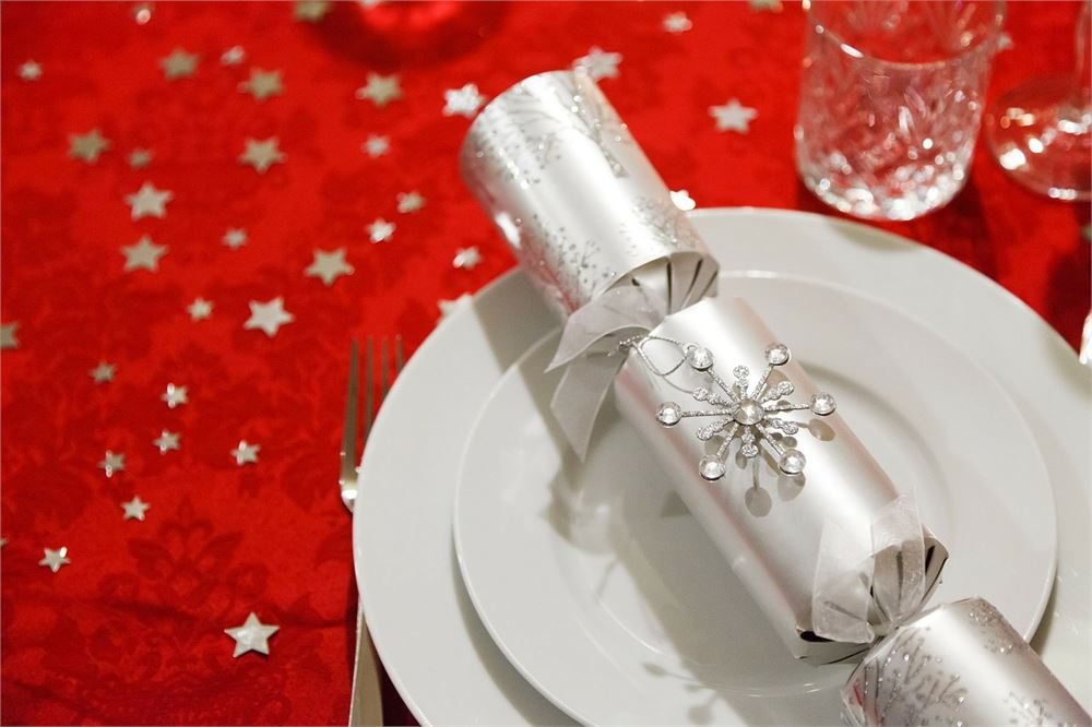 30 of the best Christmas crackers for 2020
