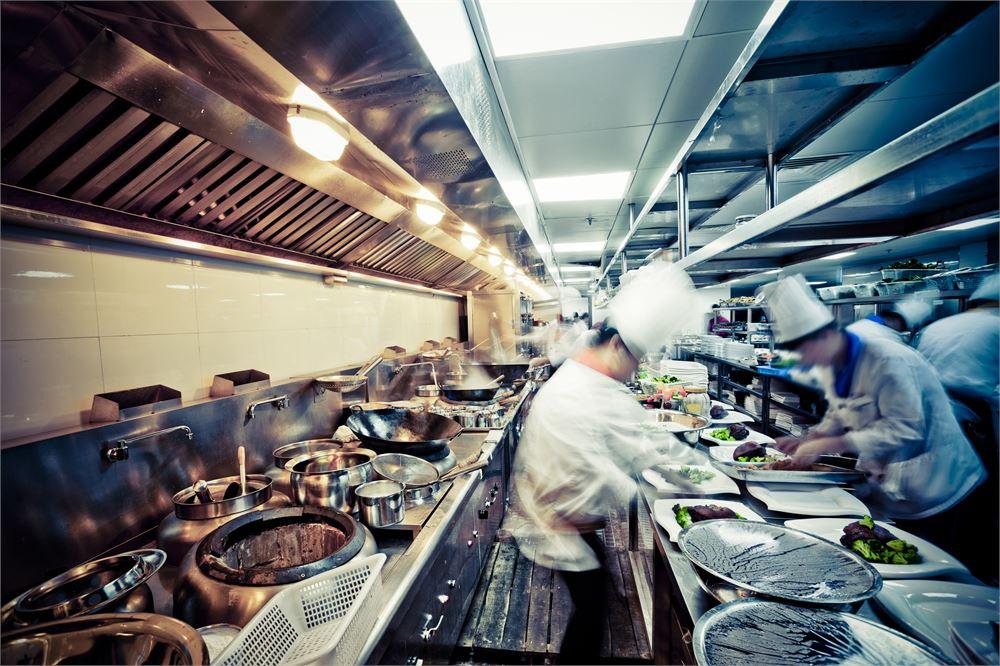 Chef sues Michelin guide over