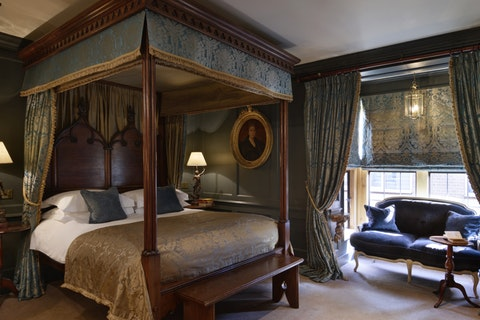 12 of the most romantic hotels in London and the UK