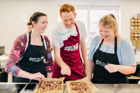 Former GBBO stars launch 'Bake with a Legend' masterclasses