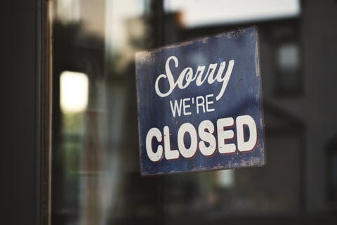 All restaurants, bars and pubs in England to have 10pm closing time from Thursday