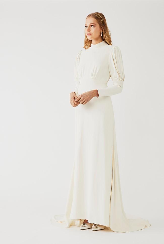 The Best Long Sleeve Wedding Dresses For 2021