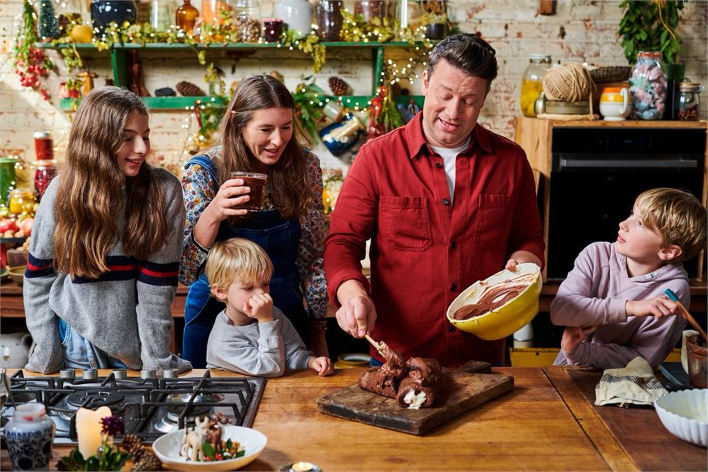 Jamie Oliver Keep Cooking at Christmas: Everything you need to know about the new show