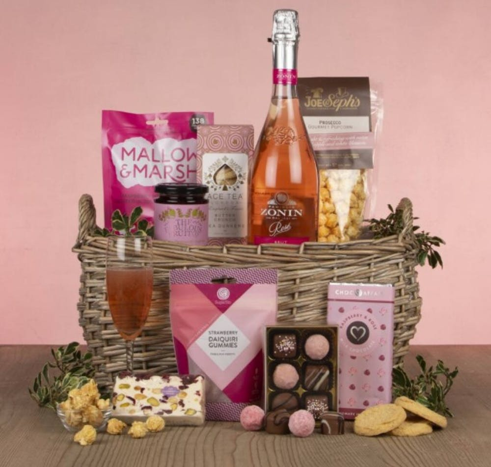 The best UK Mother's Day meal kits, hampers and gifts for 2021