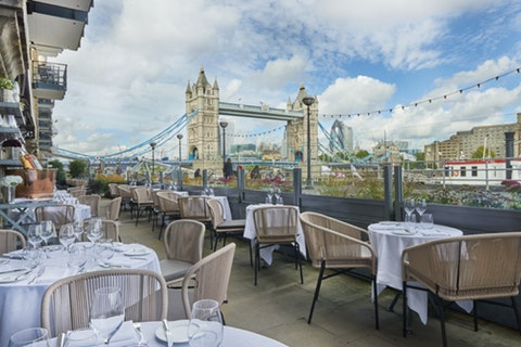 Win a gastronomic experience by the Thames for four worth £1,000