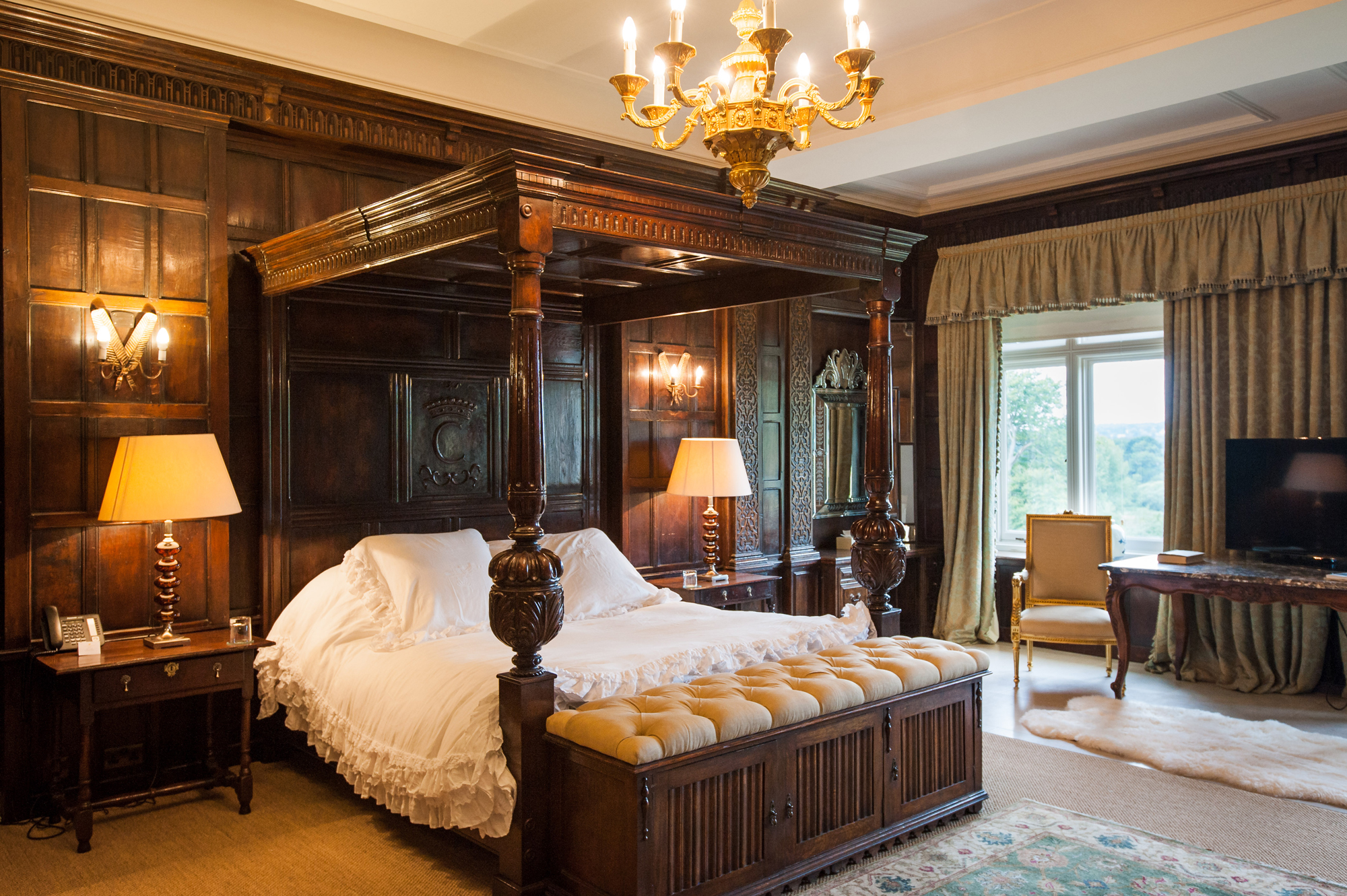 Event review Jaeger-LeCoultre International Gold Cup at Cowdray House bedrooms golden topaz english countryside