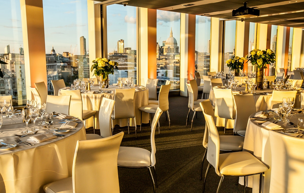 Enjoy a free dinner in return for event bookings at Sea Containers Events