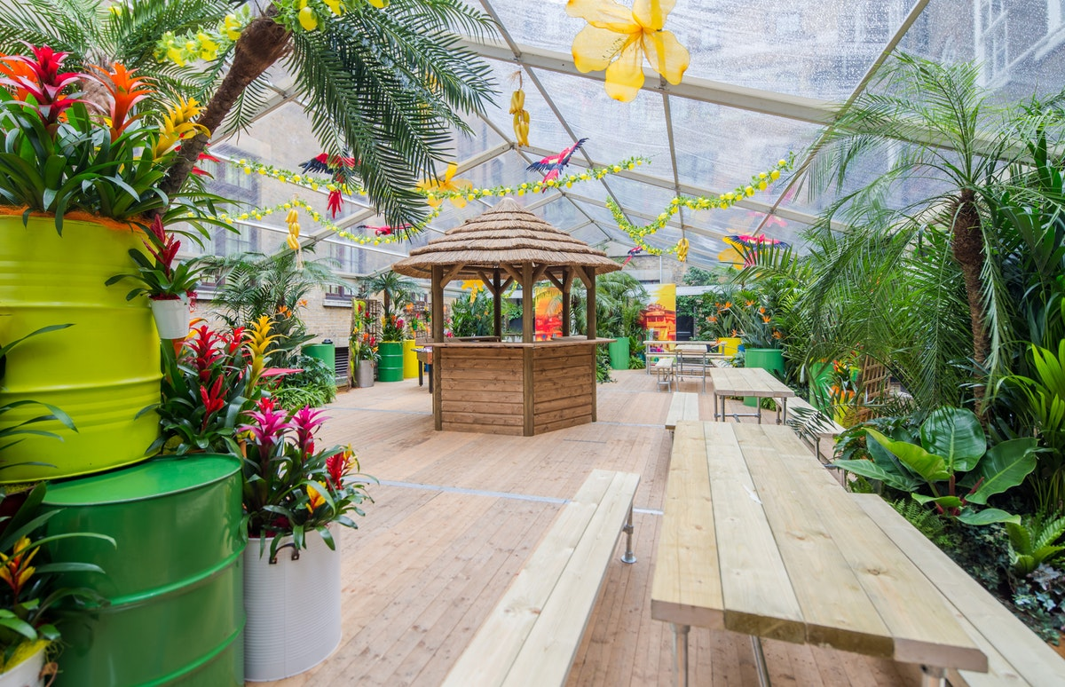 Summer parties: Venue inspiration for crowds of 750+