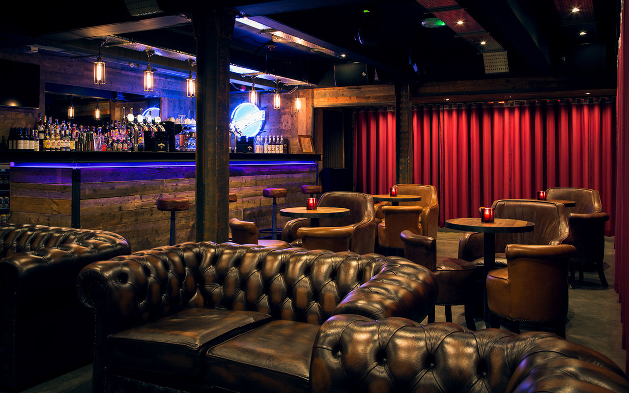 Corporate party venues in Manchester the dive lounge and bar drinks cocktails
