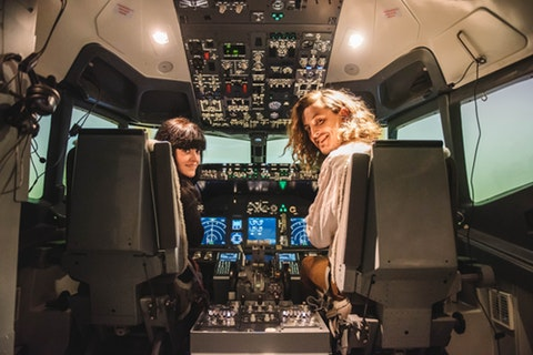 Fly a Boeing 737 in Putney – sort of