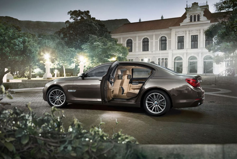 Win dinner at Gymkhana with BMW