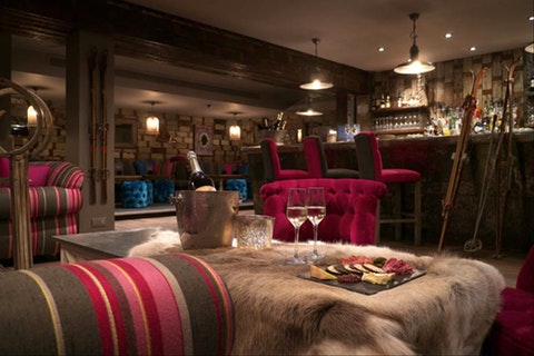 Great bars to drink Champagne in this Christmas