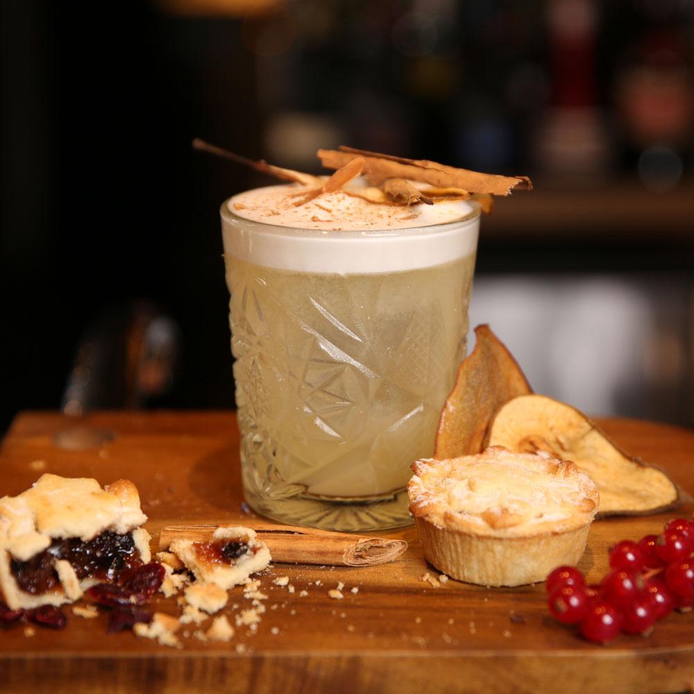 Bokan London restaurant bar mince pie winter cocktail