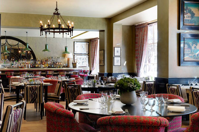 Brasserie Max London restaurant bar