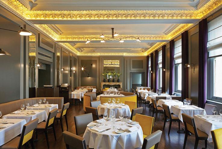 Christopher's London restaurant bar