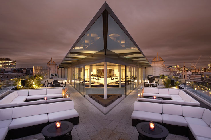 Radio Rooftop Bar and Restaurant at ME Hotel London Covent Garden