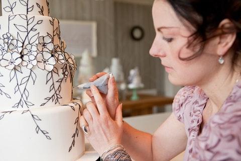 Supplier Spotlight: The Wedding Cake Designer