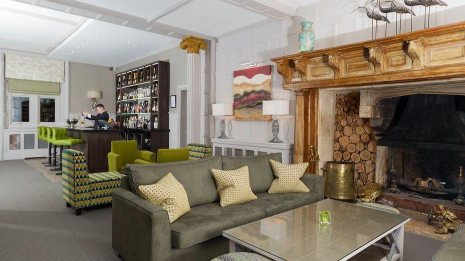 Alexander House Hotel