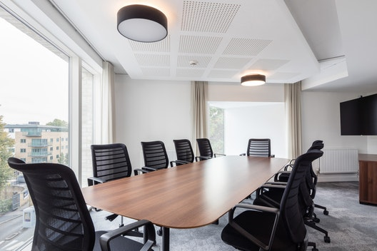 Maple Boardroom