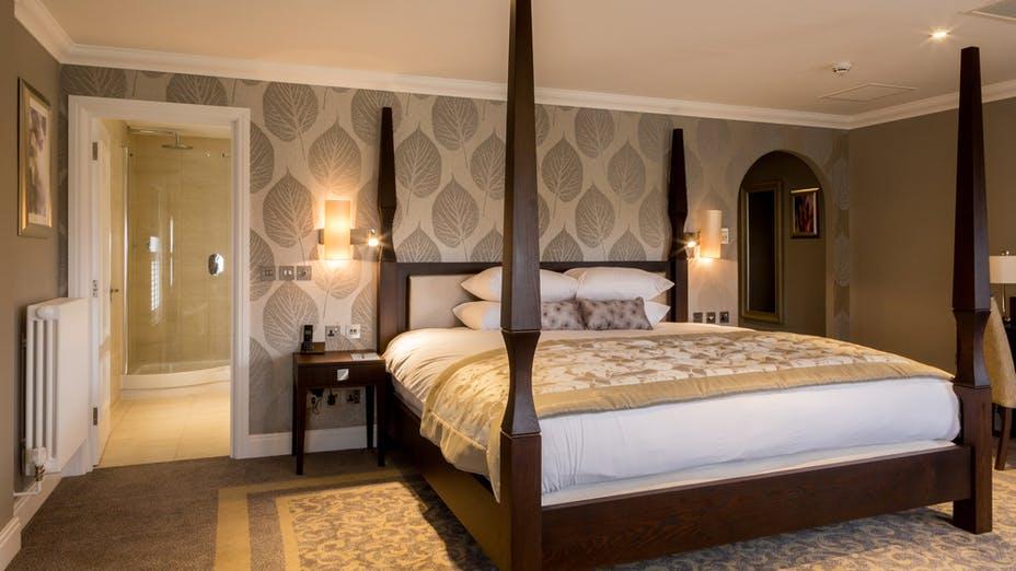 Oakley Hall Hotel