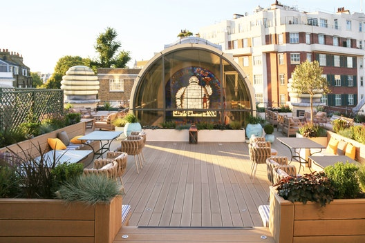 Customer Lounge + Terrace