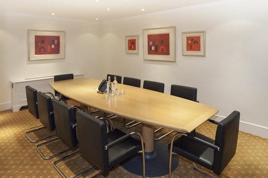 Meeting Room 3.25