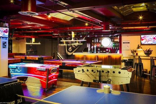 Ping & Pool Lounge