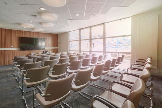 Executive Room 8
