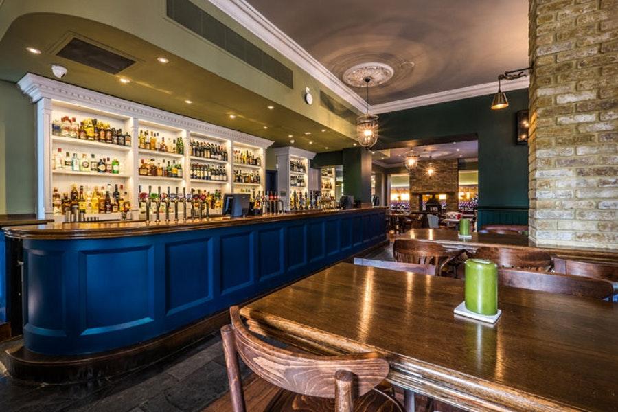 The Canonbury Tavern (bar)