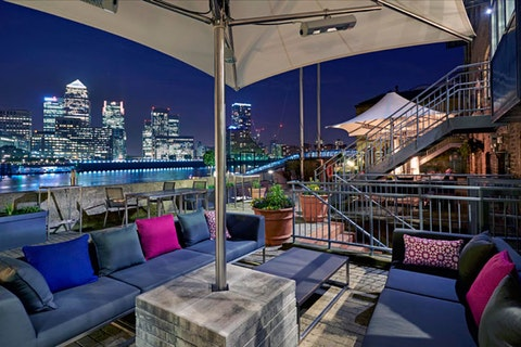 Columbia at Doubletree by Hilton London Docklands Riverside