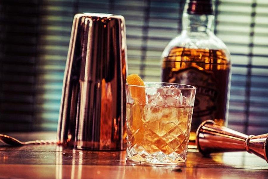 Brick & Liquor
