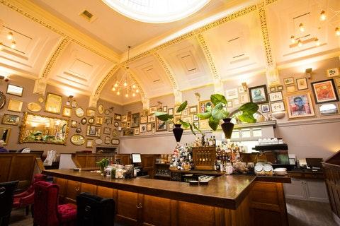 Barristers Restaurant & Bar