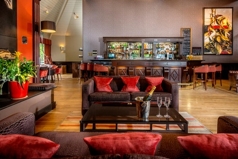 Winepress Restaurant at the Donnington Valley Hotel & Spa