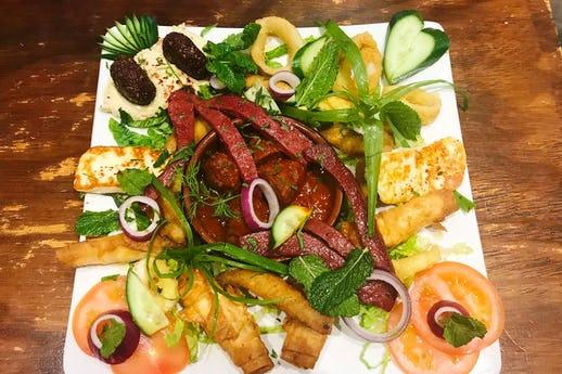 Ninova Restaurant
