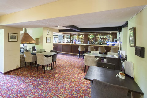 Highwayman's Bar and Lounge @The Holt Hotel