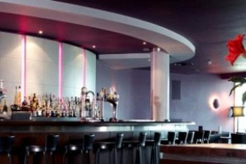 Aqua Bar & Conservatory at Crowne Plaza Marlow