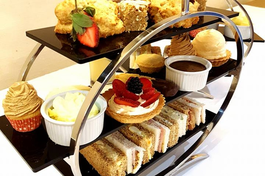 Afternoon Tea at the Melbreak