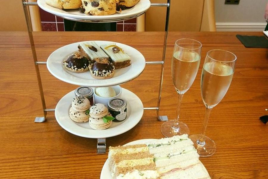 Afternoon Tea @The Yarrow Hotel