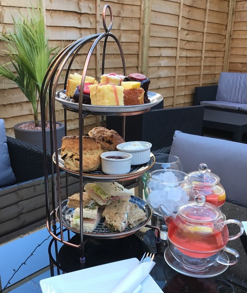 Nithsdale Hotel - Afternoon tea