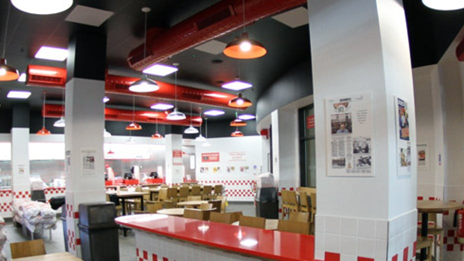 Five Guys 02 Arena