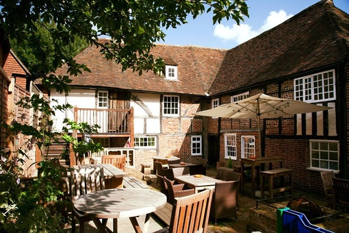 The Parrot Canterbury