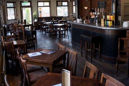 Gordon Bennett Bar + Dining
