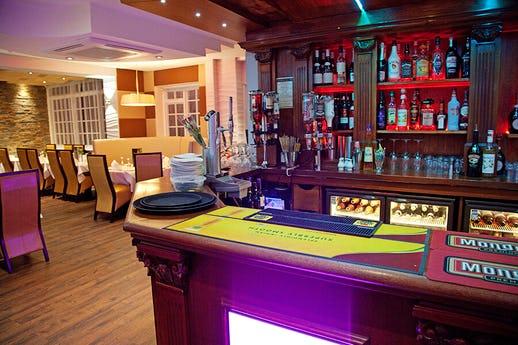 Ginger Bar & Restaurant