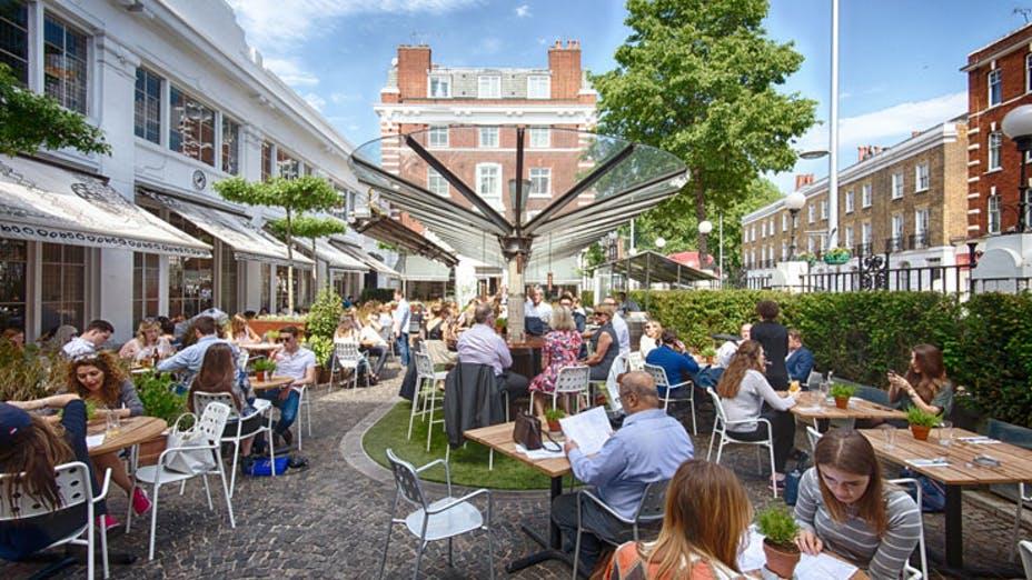 Bluebird Café & Courtyard