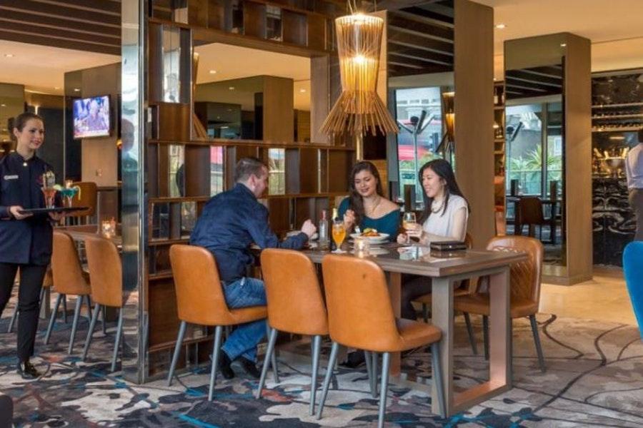 The Globe Bar at the Chiswick Moran Hotel